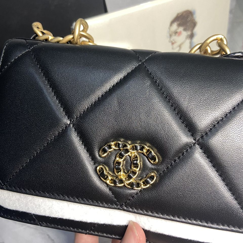 READY STOCK chanel WALLET ON CHAIN lamb skin gold chain 6 1_6