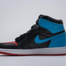 Air Jordan Retro 1 High UNC To Chicago