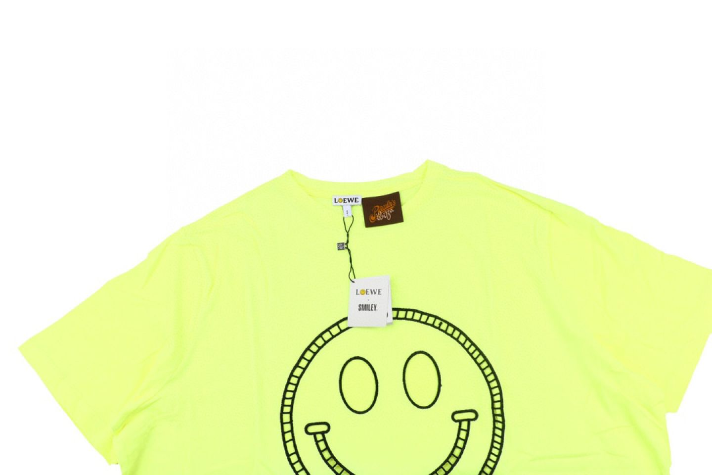 Shirt LOEWE x SMILEY 20ss fluorescent smiley short sleeve T-shirt yellow 3 loewe_x_smiley_20ss_fluorescent_smiley_short_sleeve_t_shirt_yellow_3