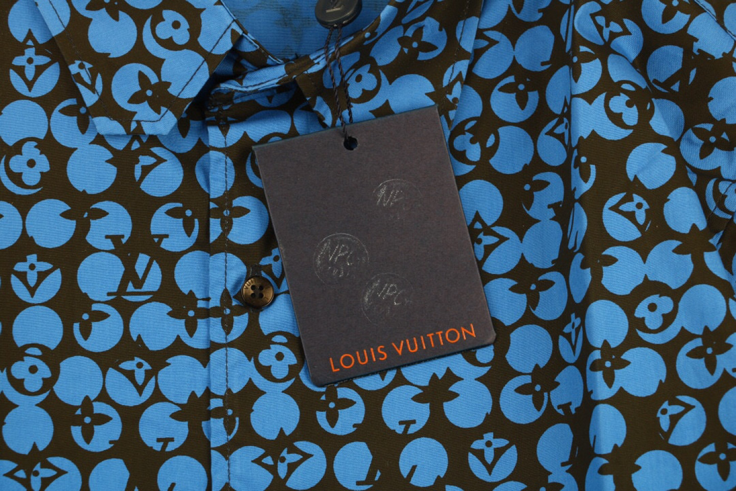 Shirt Louis Vuitton LV 19ss Ocean Blue Logo Print Long Sleeve Shirt 2 louis_vuitton_lv_19ss_ocean_blue_logo_print_long_sleeve_shirt_2