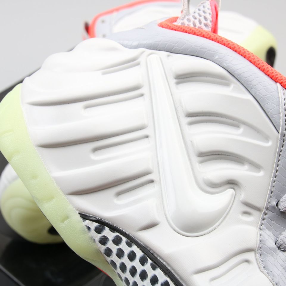 "Harga Sepatu Nike Air Foamposite Nike Air Foamposite Pro  ""Pure Platinum"" 3 nike_air_foamposite_pro_pure_platinum__3"